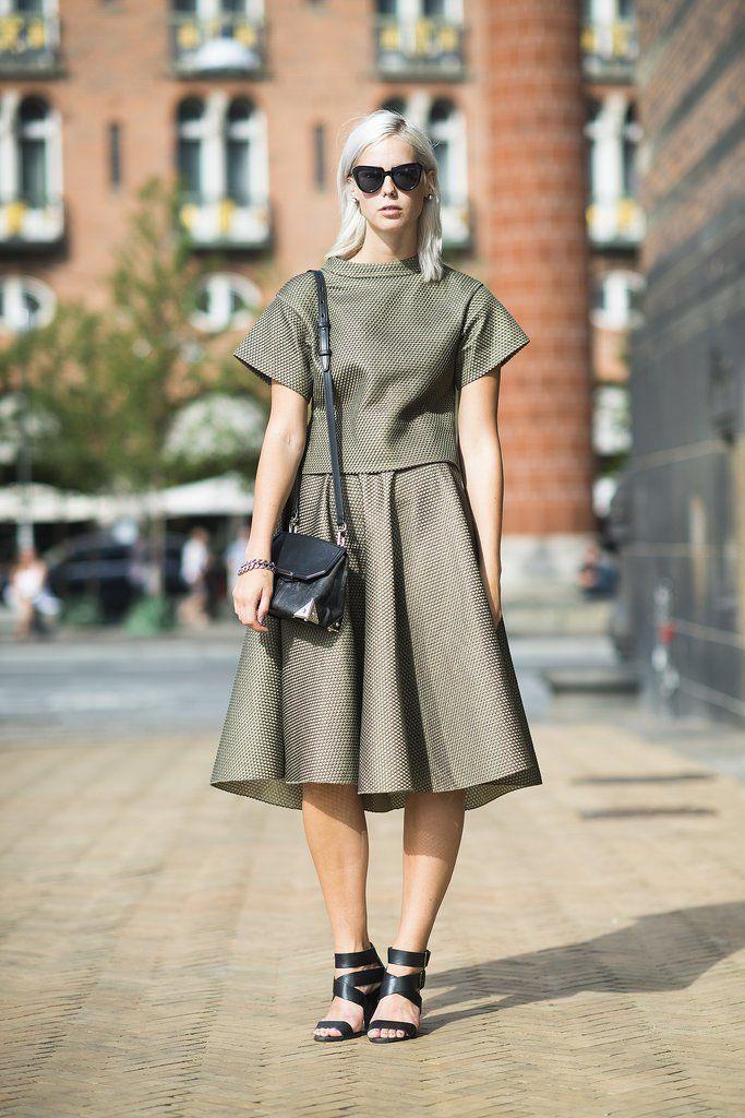 Pin for Later: Auf die Einkaufsliste: 17 früh-herbstliche Kleider