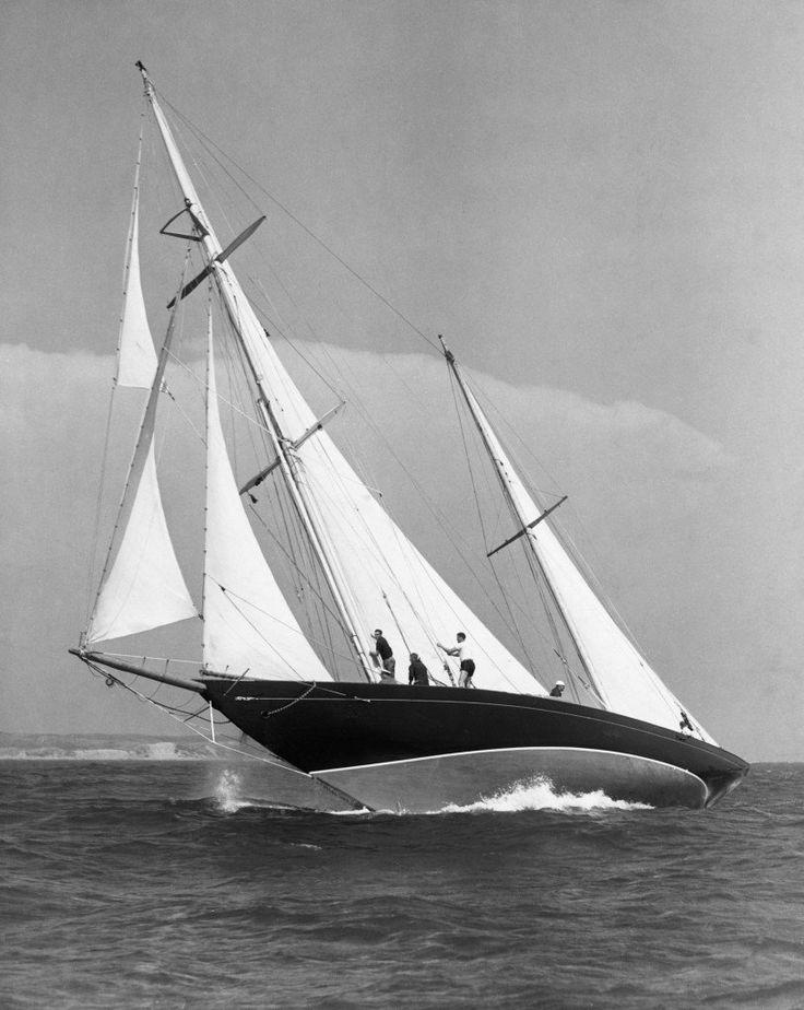 17 besten segelboote bilder auf pinterest segelboot. Black Bedroom Furniture Sets. Home Design Ideas