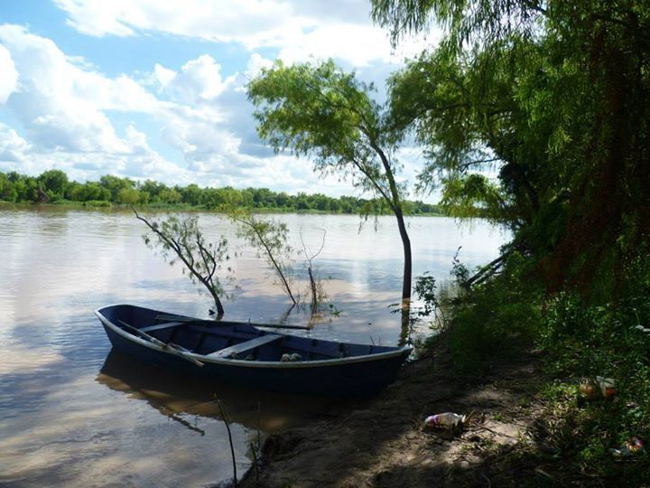 Victor Fernandez: La tranquilidad de la costa del Parana.