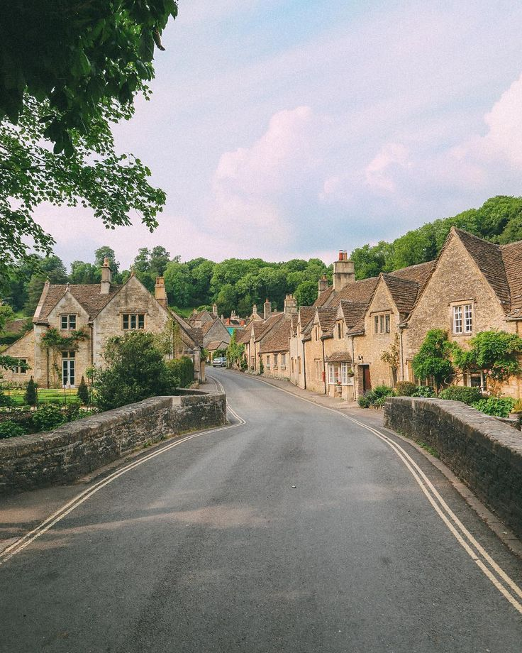 14 Beautiful Places You Should Visit In the UK