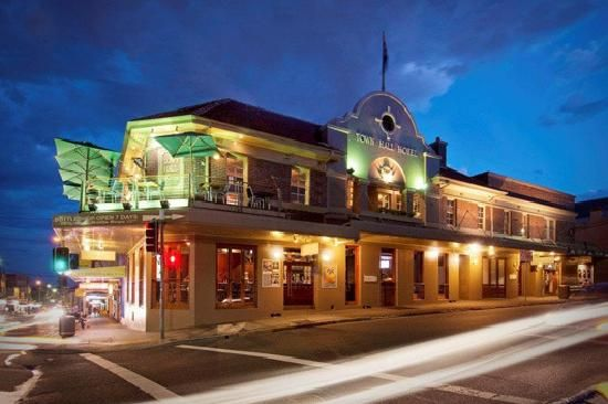 Lived across the street for a couple of months, Town Hall Hotel, Balmain