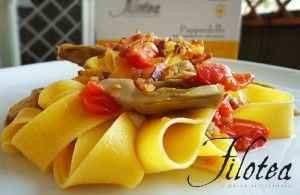 Pappardelle with Artichokes, tomatoes datterini and Crispy Bacon
