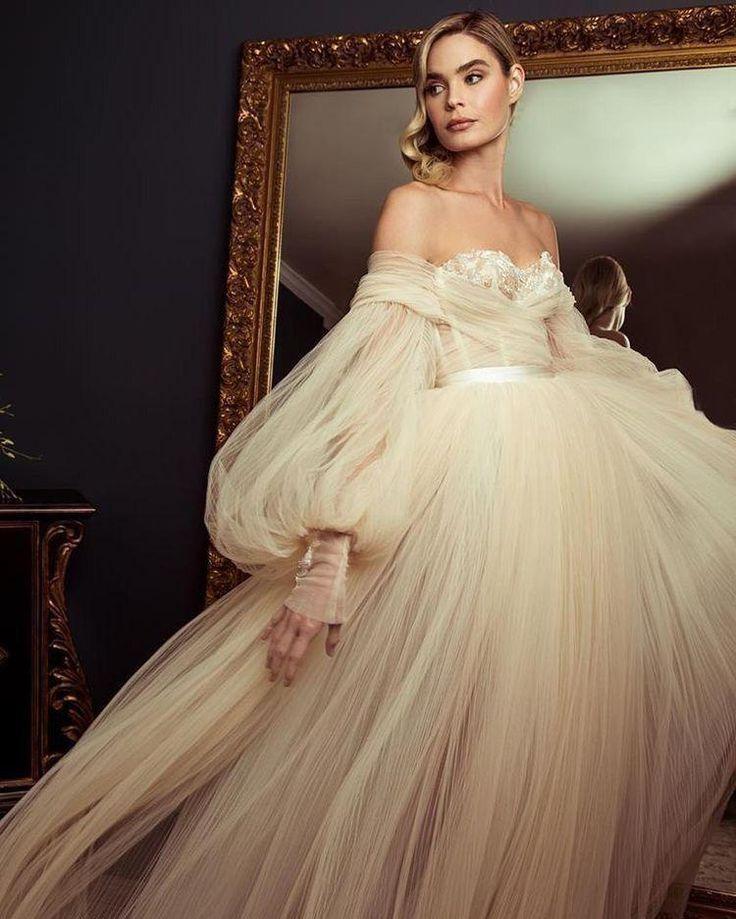 Off-the-shoulder Boho Wedding Dress Long Sleeve Wedding Formal Gowns With Appliq…