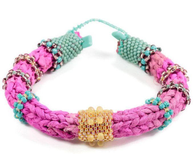 Abalorios de joyería textil, pulseras de fibra única, pulseras textiles, pulseras tribales bohemios, únicas pulseras, brazaletes tribales étnicas