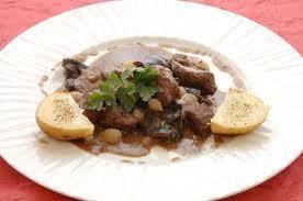 Aprende a preparar jabali chuly con esta rica y fácil receta. Si es posible dejar la carne cortada en trocitos al menos 12 horas , si esta congelada la pieza meterla...