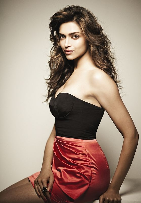 Gorgeous Bollywood actress Deepika Padukone