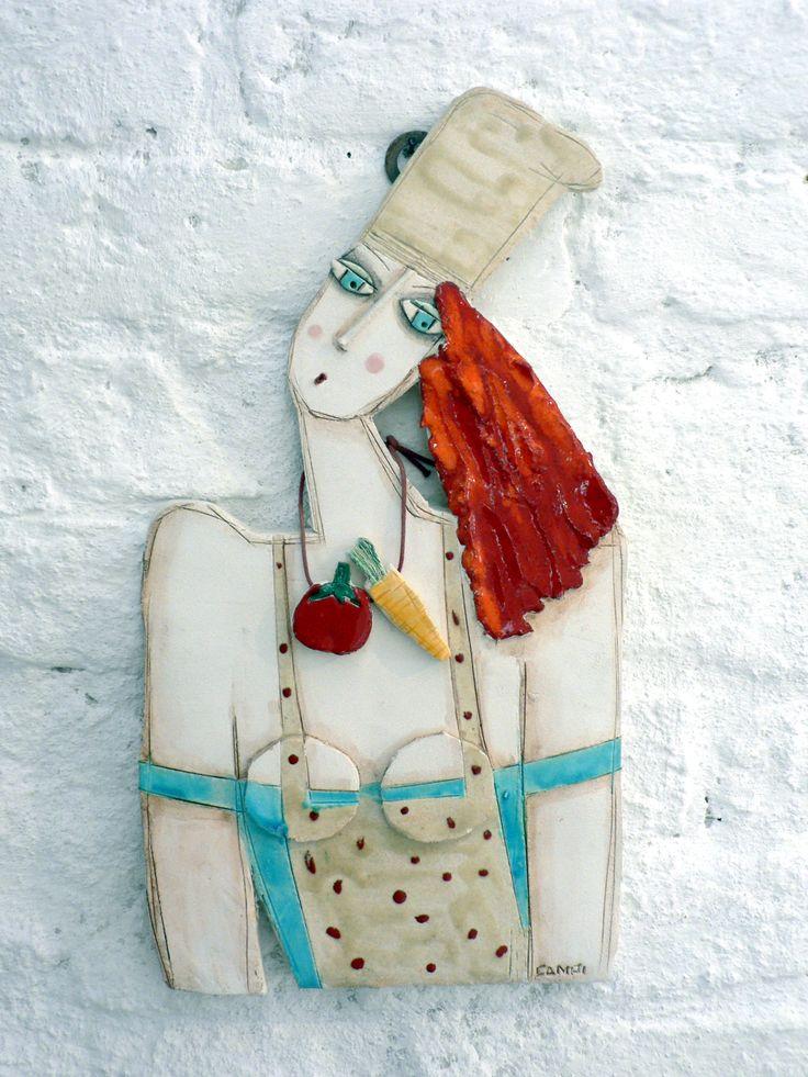 Donna cuoca  ceramiche di Enrica Campi  @evvivanoé Cherasco (CN)