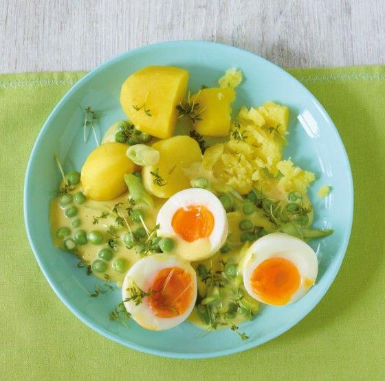Eier in Senfsauce. Aufgefrischt! Mit Erbsen und Kresse schmeckt der Klassiker noch besser.