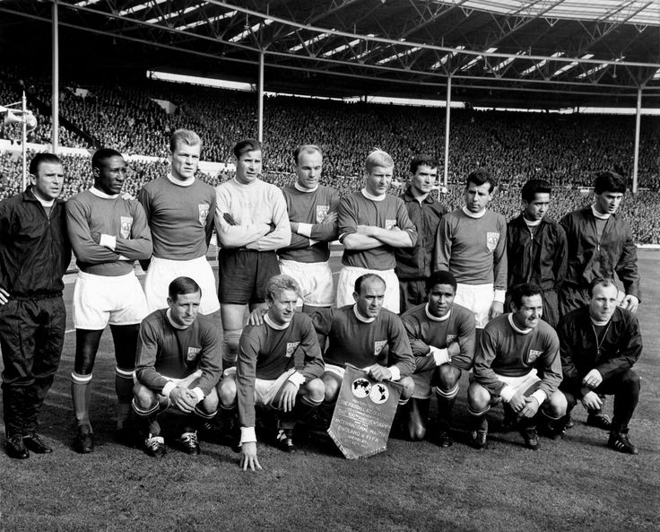 EUSÉBIO            The Rest of the World to face an England XI during the English FA's centenary match at Wembley, 1963.            Djalma Santos, Karl-Heinz Schnellinger, Lev Yashin, Svatopluk Pluskal, Ján Popluhár, Josef Masopust, Raymond Kopa, Denis Law, Alfredo di Stéfano, Eusébio, Francisco Gento, Uwe Seeler, Milutin Šoškić, Luis Eyzaguirre, Jim Baxter, Ferenc Puskás