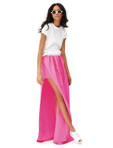 Need more long skirts in my closet. And hot pink.