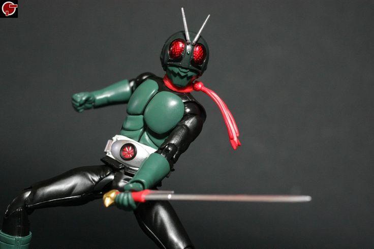 Firestarter's Blog: Toy Review: S.H. Figuarts Kamen Rider 1 Sakurajima Ver.