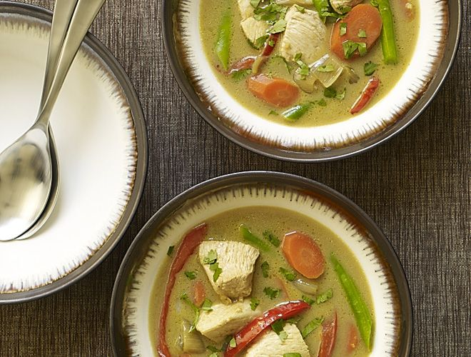 Slow Cooker Thai Green Curry with Chicken #recipe