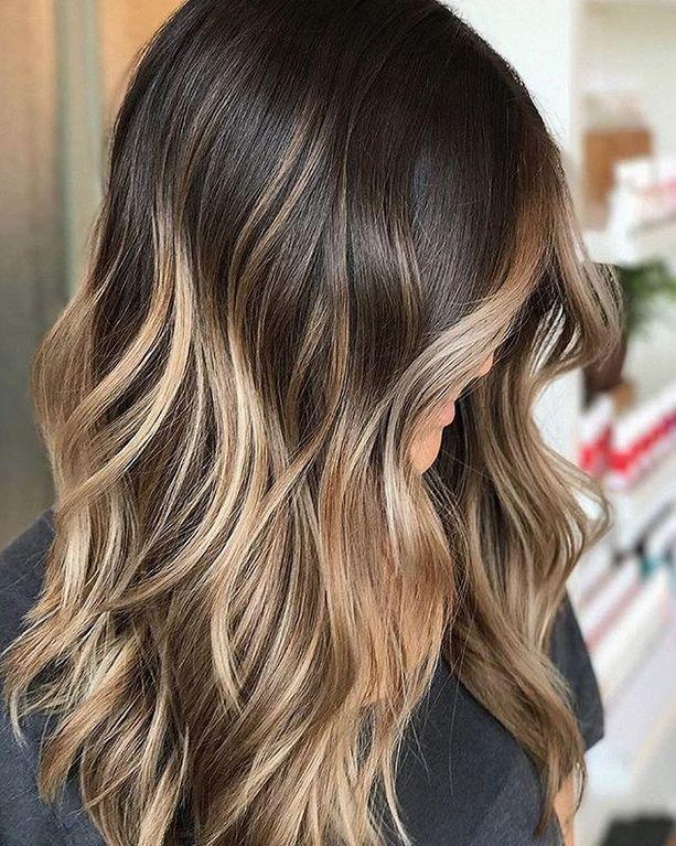 Du willst hellere Haare? Lies erst diesen Artikel…