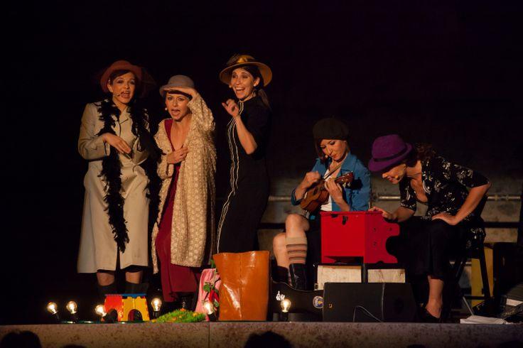 Le Beatrici - Debutto al Festival dei 2Mondi di Spoleto  [fotografia di Carlo Fiorelli]