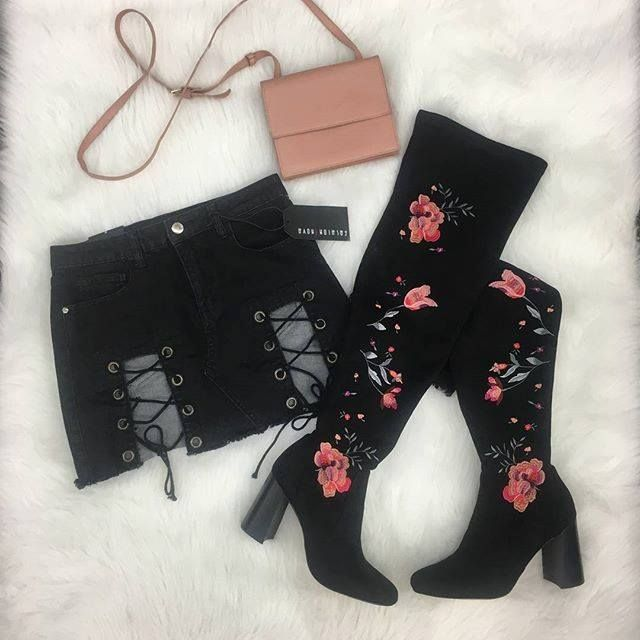 These embroidered boots tho  Slay this Saturday night out with these amazing boots and cut-out mini! Only at our Harwood Heights store! Call to pay and pick up: 708-867-2800 | Boots: INC 8.5 $30 | | Skirt: Fashion Nova M $10 | | Purse: Mossimo $6 | http://ift.tt/2CpINal - facebook.com/rlwonderland