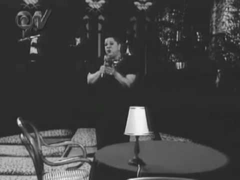 """www.vagalume.com.br480 × 360Pesquisa por imagem Linda Batista. Compositor: Lupicínio Rodrigues.  Em 1951, teve dois sambas-canção gravados por Linda Batista na RCA Victor, """"Dona divergência"""", com Felisberto Martins e """"Vingança"""", que se tornou um dos momentos marcantes da carreira da cantora e que chegou a causar vários suicídios, segundo a crônica policial da época."""