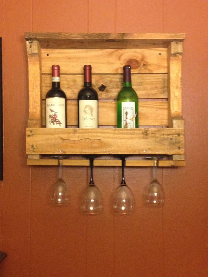 Pallet wine rack pallet projects pinterest wine for Pallet wine cabinet