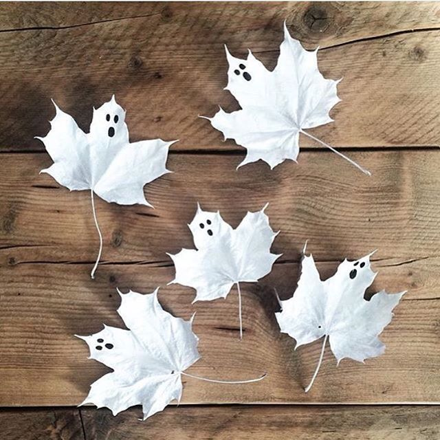 Vi älskar @houseofstrand enkla med kusliga idé, spöklöv! #panduropyssel #pyssel #panduro #panduroinspiratör #pandurokreatör #halloween #spöken