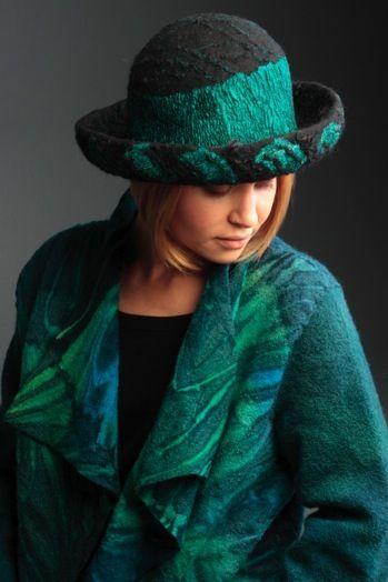 felt wearable art by Ruth Walker / валяние из шерсти, шляпка и пальто из войлока