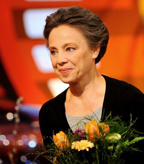 Gyönyörű magyar színésznők 50 fölött   Szirtes Ági