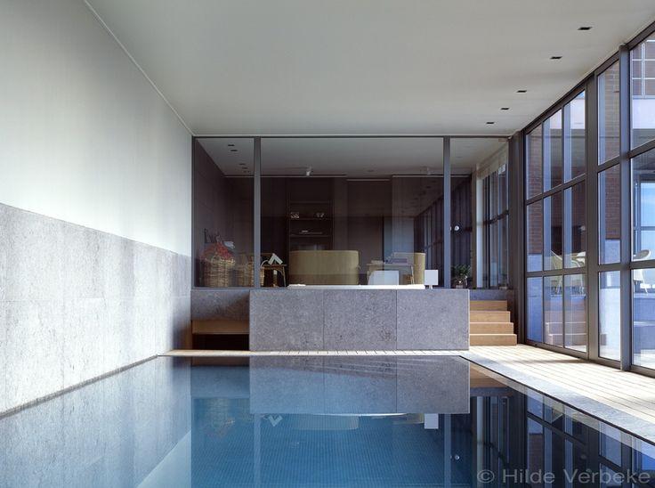 52 best binnenzwembaden images on pinterest pool spa for Binnen zwembaden