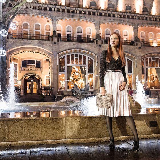 More looks by Sonja Vogel: http://lb.nu/retrosonja  #chic #elegant #retro #festive #metallic #pleats #amsterdam #dutch #midi