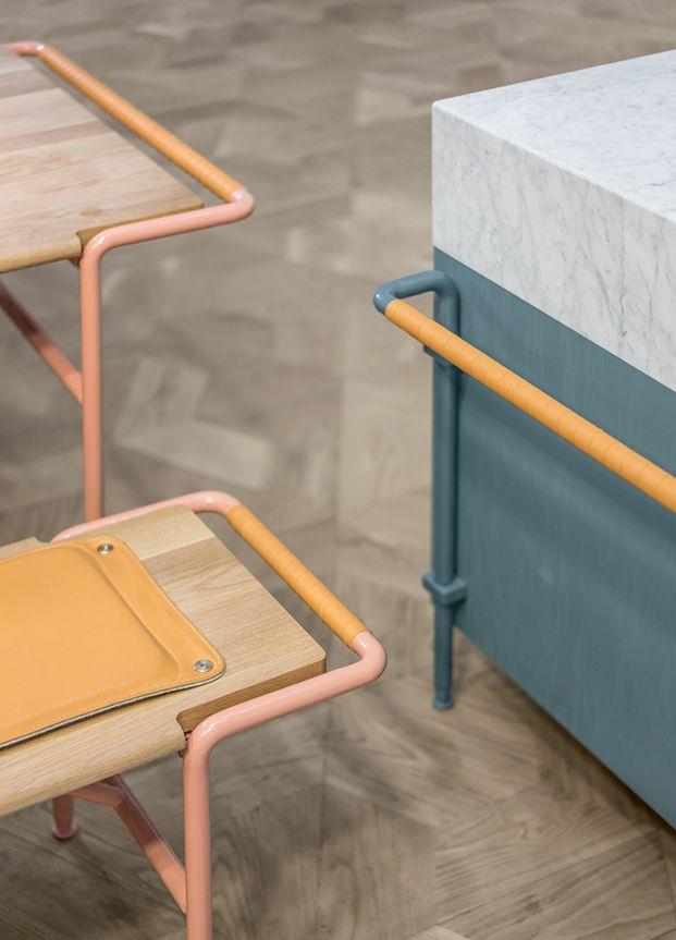 Los suecos deNote Designhan diseñadoDining Theatre, un sistema concocinas, mesas y bancospara un nuevo centro comercial en Estocolmo.