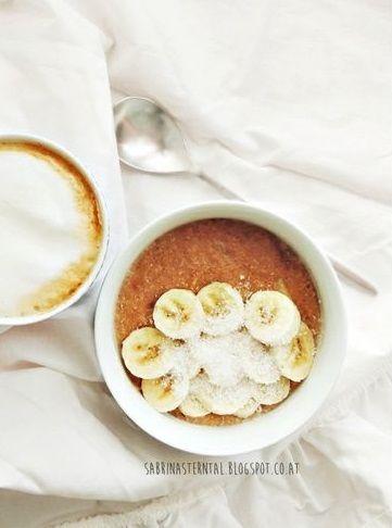 Banana, coconut and cinnamon porridge