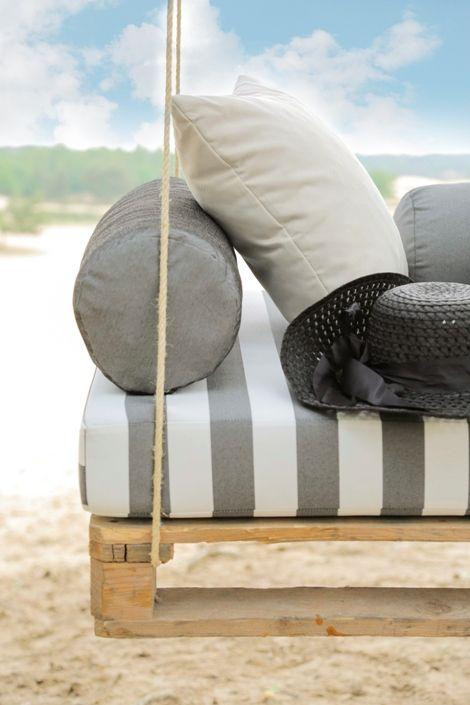 We mogen weer naar buiten! Nieuwe collectie outdoorstoffen zijn binnen :-). Be creative, design your own!