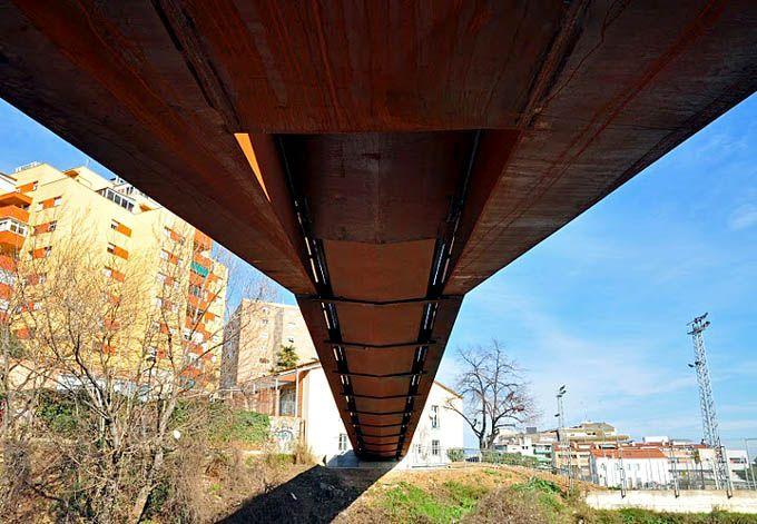 Puente peatonal Can Gili, Granollers, España - Alfa Polaris