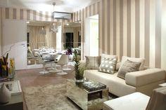 Ideias e inspirações para decorar a parede atrás do seu sofá