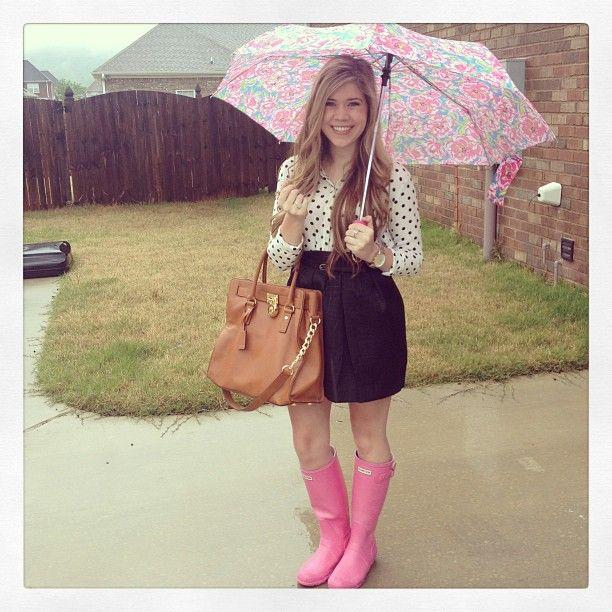 rainy days;; hunter rain boots <3