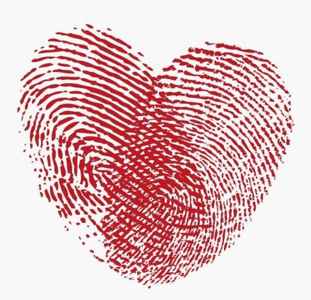 een hartje van vingerafdrukken, meerdere op een blad, in zakjes verdelen met aantallen erbij
