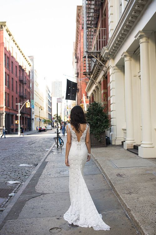 Anna Campbell Saasha Wedding Dress featured on LOVE FIND CO.