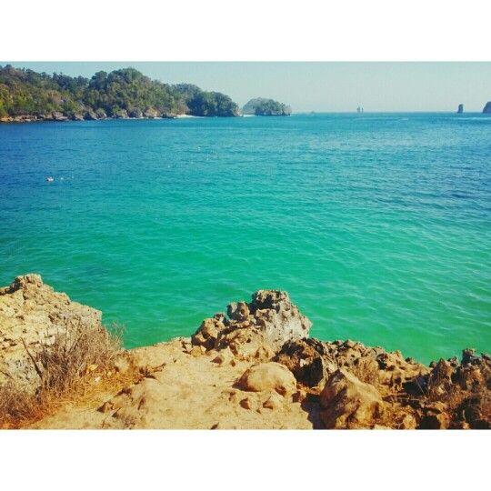 Pantai 3 Warna. Malang. Indonesia