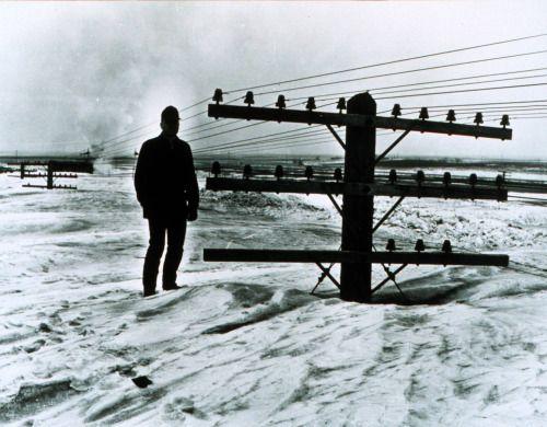 Blizzard North Dakota 1966 (via mixedmartialarts) http://ift.tt/1M5amrd