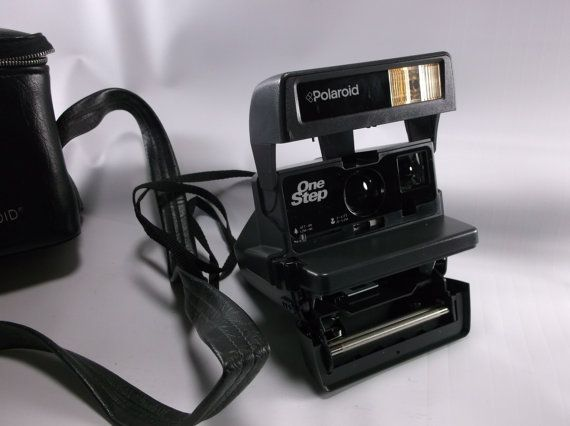 Vintage Polaroid One Step Camera  Clean & Nice. Tested Working epsteam