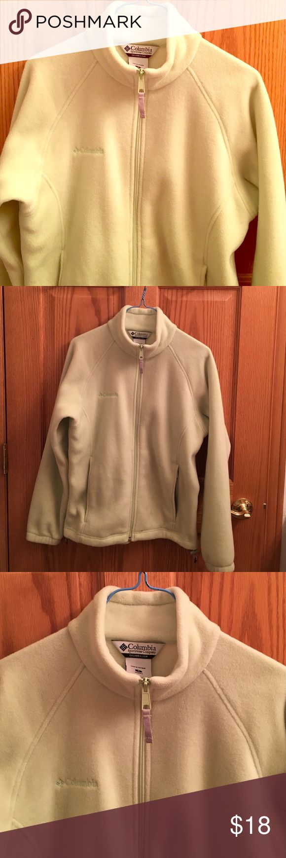 Light Green Small Columbia Fleece Great condition (only worn 2x), pistachio green color, Columbia brand, size small Columbia Other