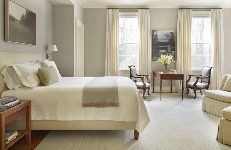 A white or light-colored rug can make a bedroom feel extra-bright, serene, and peaceful. See how 40 top designers used this motif in spaces ranging from the traditional to the modern, all to a chic, calming effect.