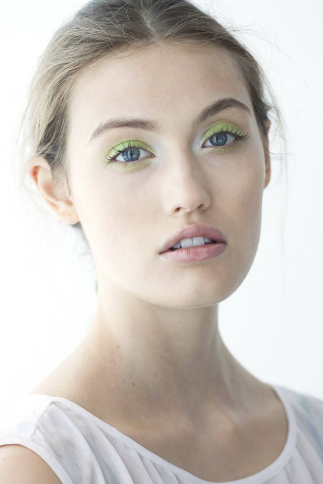 Beauty looks from the Spring 2014 runways to inspire your makeup regime this season.