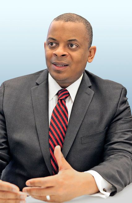 """I'd rather have resilience than almost any other quality."" Corner office interview w/ Secretary of Transportation Anthony Foxx @SecretaryFoxx  Resilience, anti-fragility, growing stronger through challenges as a leadership attribute (à la Nassim Taleb @nntaleb) #foresight"