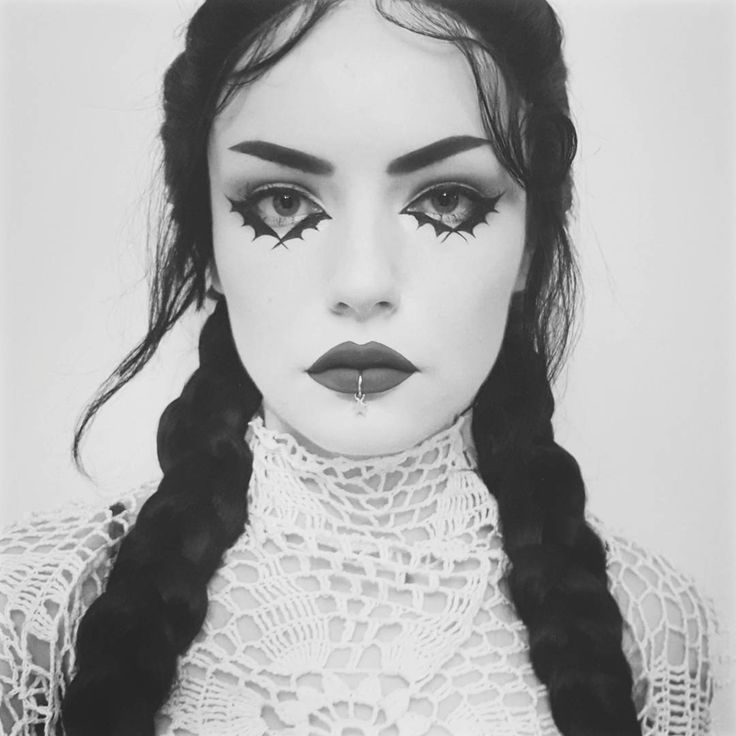 I took this picture at night with very bad lighting that's why I turned it b&w . . . I think I will delete this later... . . . . . . #makeup #eyemakeup #eyeliner #eyeshadow #eyelashes #lashes #blackandwhite #vintage #lace #braids #piercing #lipring #goth #gothgirl #gothic #witch #grunge #witchy #pagan #eyebrows #lipstick #potd #palegirl #gothgoth #altgirl #crotchet #vapire #spooky #spookygirl #darkmakeup