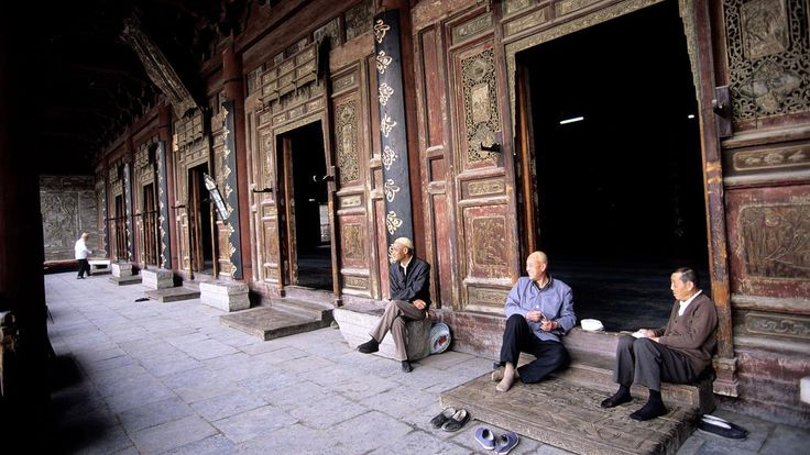 Dive into the history of Xi'an's Silk Road roots, where #Islam first took root in this ancient city: http://bbc.in/1Dnw7Aa #China   Xi'an, Great Mosque, China (Credit: Credit: Bertrand Gardel/Alamy)