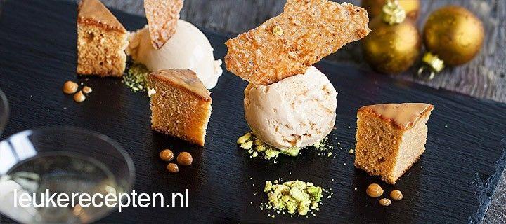 Wil je uitpakken met de kerst, maak dan dit heerlijke dessert met dulce de leche ijs, cake en pistache koekjes