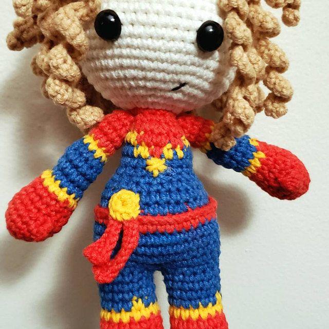 The Friendly Superhero-A Free Crochet Pattern - thefriendlyredfox.com | 640x640