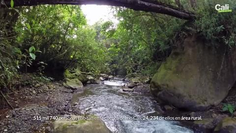 Descubriendo el Rio Cali - Cali desde el aire via @#