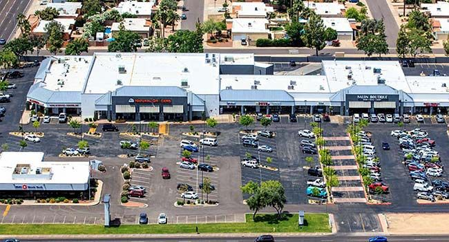 Popular Scottsdale shopping center sells for $31M - CBRE Group, Inc.,completed the sale of Scottsdale Towne Square, a 162,259-square-foot grocer-anchored center at 13802 N. Scottsdale Rd. in Scottsdale, Ariz. The seller, Holualoa Scottsdale Retail LLC, based in Tucson, Ariz., was represented by CBRE's Phoenix Bob Young, Glenn Smigiel, Steve... - http://azbigmedia.com/azre-magazine/popular-scottsdale-shopping-center-sells-31m