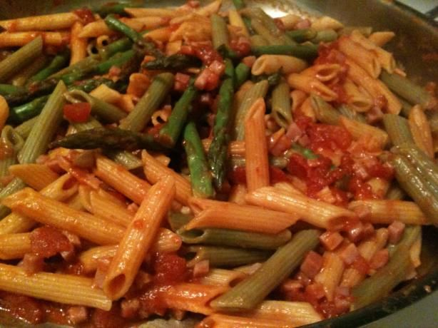 Penne with Asparagus, PANCETTA and Basil