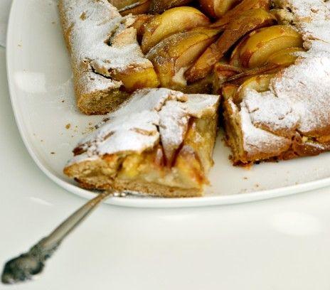 Ciasto gruszkowe z kardamonem - Przepisy - Magda Gessler - Smaki Życia