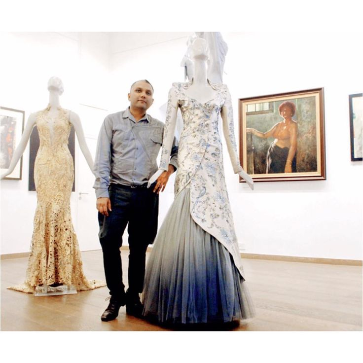 🔴PRODUCT :- Gaurav Gupta inspired collection gray tissue jacquard designer collection 🔴pcode : 1791 🔴PAYMENT - COD/Bank Transfer 🔴 For PRICE & BOOK YOUR ORDE Do WHATSAPP +91-99-09-09-1413 🔴 Free Home Delivery  #mrandmrsbrand #traditional #indianwear #ethnic #stylisht #rampstyle #edd #ramjan #festival #designerfashion #luxury #fashionstylist #dubaishopping #ankellength #design #manishmalhotra #lamefashion #ramjaneid2016 #eid2016 #onlinedress #shoponline